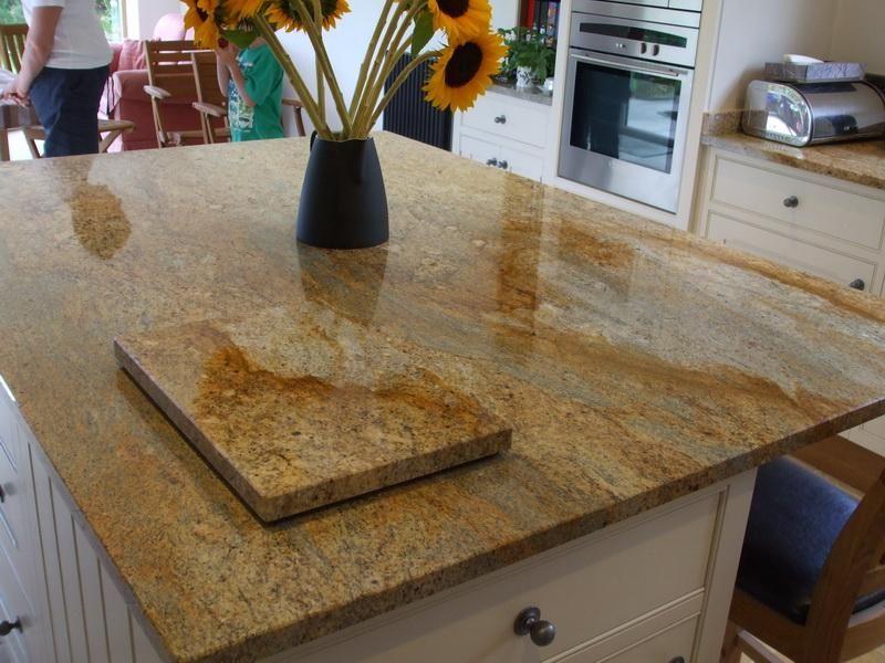 Blat granitowe Kashmir Gold | Kashmir gold granite, Gold granite countertops,  Granite kitchen