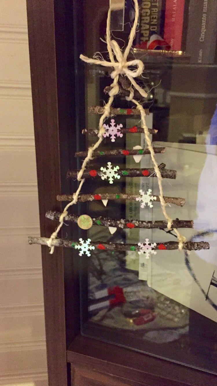 Branche D Arbre Sapin De Noel sapin miniature de noel ! très facile à fabriquer avec des