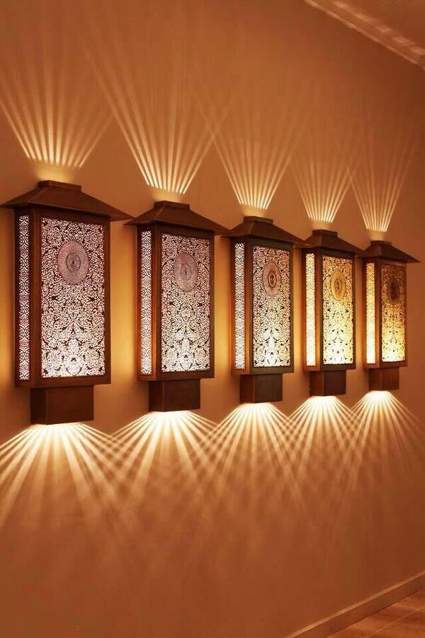 Efeitos de luz em arandelas de estilo oriental For my House in