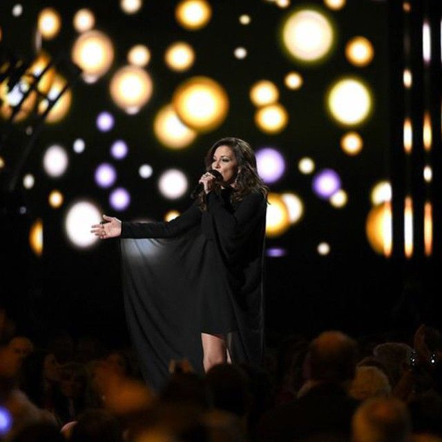 """@MartinaMcBride performs """"Independence Day"""" on #ACMawards50"""