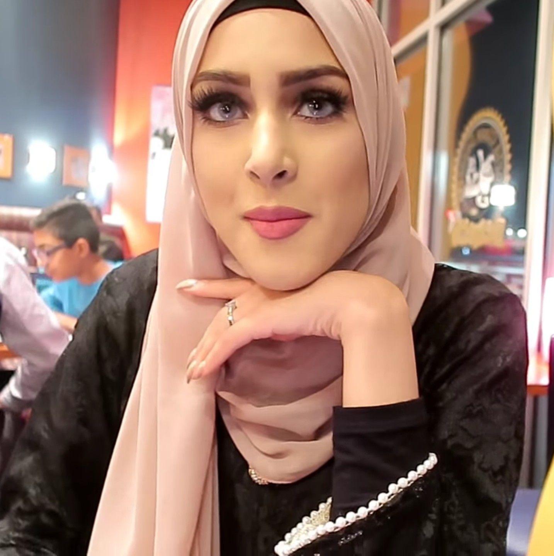 Nude hijab muslim girls selfie pics-9481