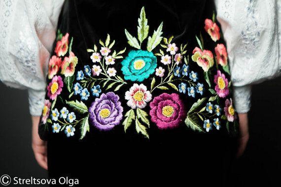 Embroidered vest Black pearl hand от Handembroiderykvitka на Etsy