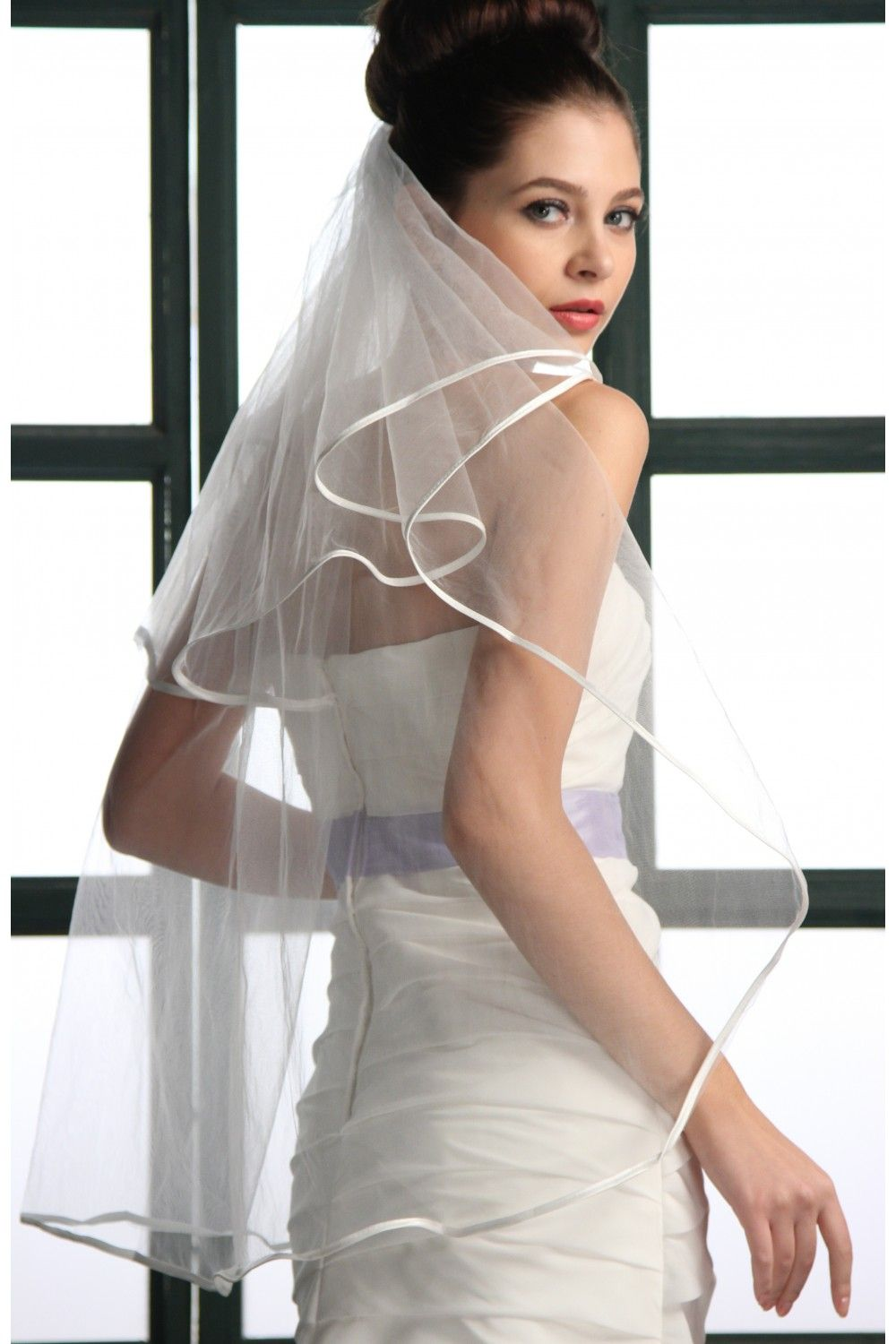 "#87002 - Two Tier 35"" Satin Piping Veil"