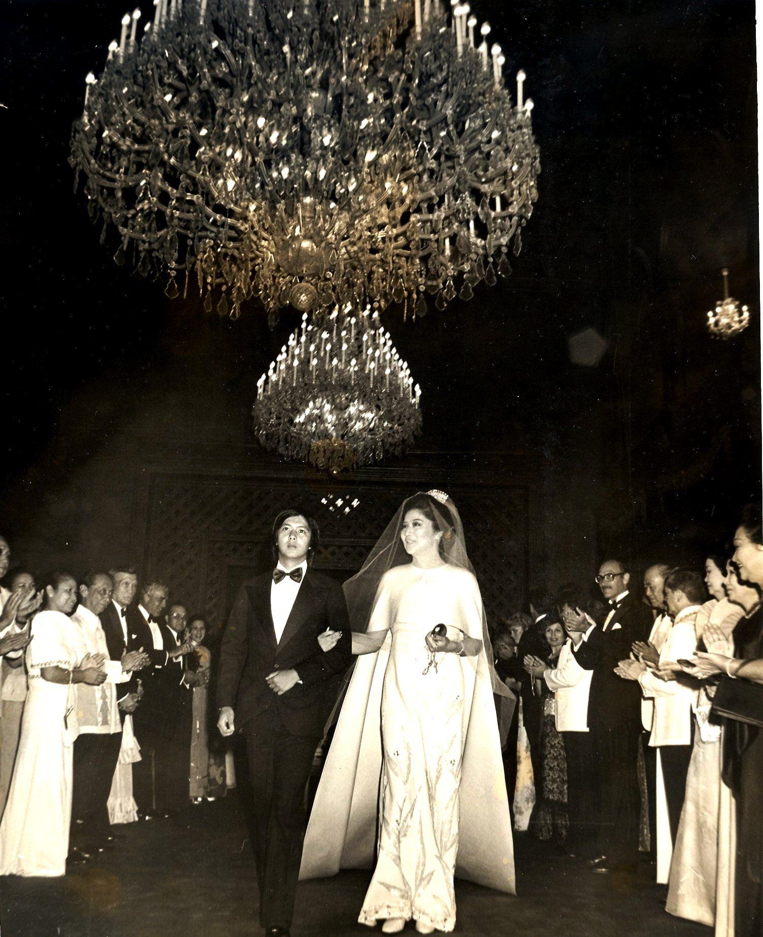 Silver Wedding Anniversary Gowns: HE Imelda Romualdez Marcos