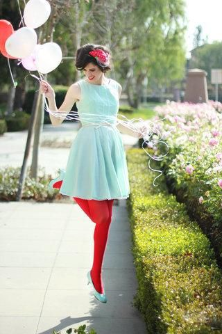 Mint and red? How refreshing. <3 #style #mint