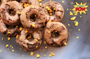 Apple, Flax, and Cinnamon Protein Donuts #proteindonuts