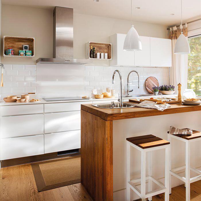 Desayuno, comida o cena en la cocina | Cocinas en blanco, Cenas y ...