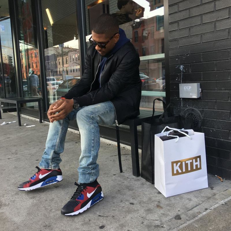 Usher Wearing the Nike Air Max 90 Ultra Superfly