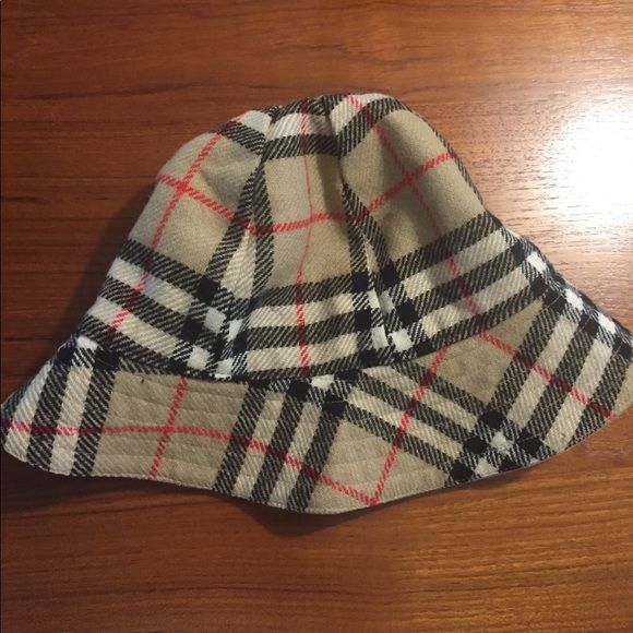 cf986917a Vintage 80's Burberry bucket hat Vintage Burberry wools bucket hat ...