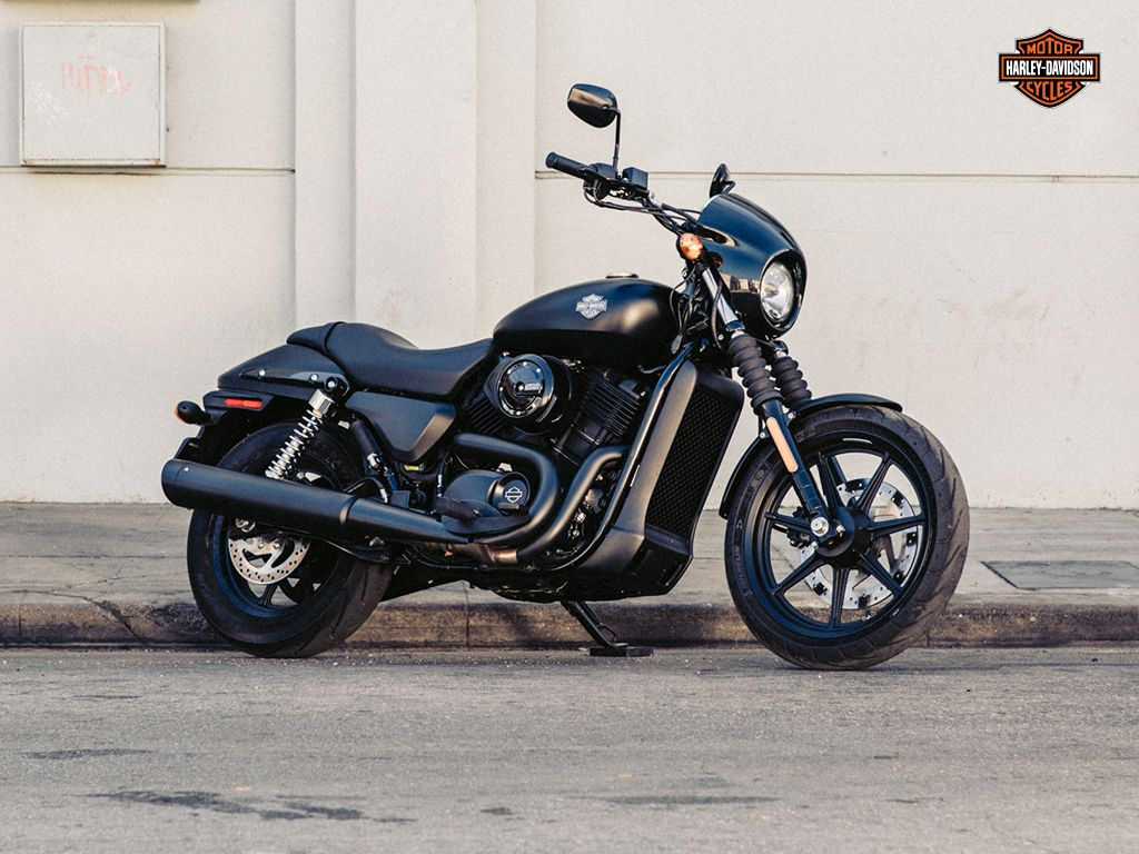 The liquid cooled harley davidson street 500 motorcycle is pure harley davidson custom attitude built for the world s urban riders