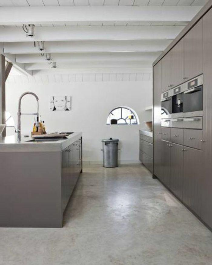 une cuisine moderne avec sol en leroy merlin beton cir - Leroy Merlin Cuisine Moderne Gris Fance