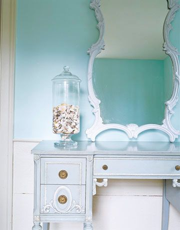 House Of Turquoise Seaside Hallway Paint Color Is Benjamin Moore S Blue Seafoam