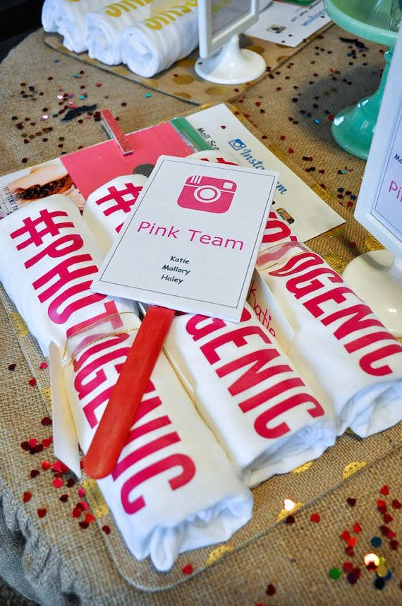 Mall Scavenger Hunt Team Signs, Team Paddles & #Prizes