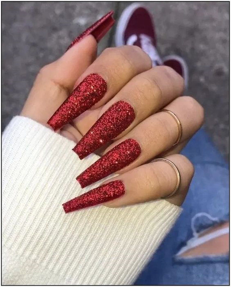 50 Trendy Winter Red Coffin Nail Designs For The Christmas And New Year Page 12 Of 50 Women Fashion Lifestyle Blog Shinecoco Com Red Acrylic Nails Pretty Acrylic Nails Coffin Nails Ombre