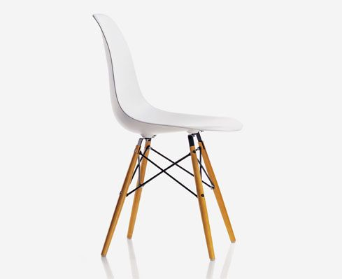 Eames Plastic Side Chair di Vitra | My Work | Pinterest | Side ...