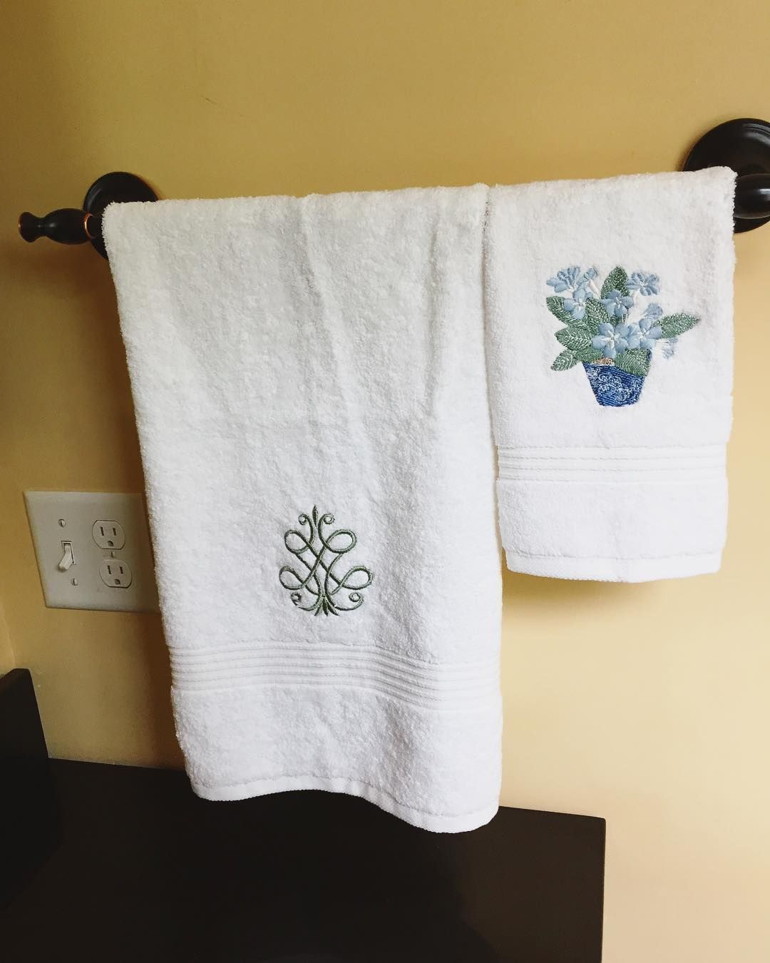 moving into a new home? these embroidered guest towels are the