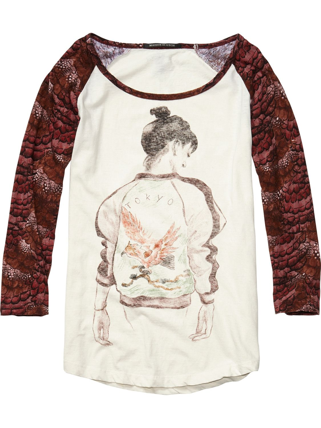 Cotton Linen Raglan Sleeve Tee With Street Style Artwork   Womens Clothing    Tops   T-shirts at Maison Scotch 533dbef21624
