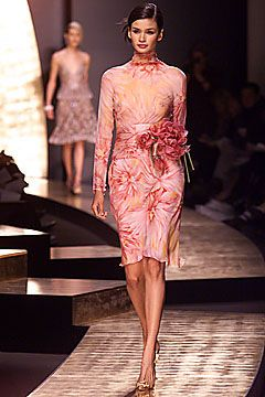spring-2001-couture/valentino/collection