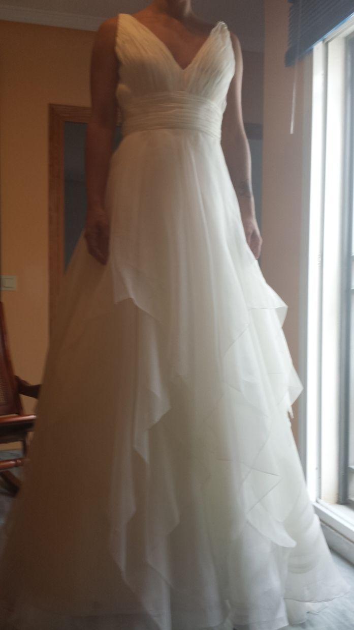 ¡Nuevo vestido publicado!  Pronovias 2013 – T40 ¡por sólo 700€! ¡Ahorra un 65%!   http://www.weddalia.com/es/tienda-vender-vestido-novia/pronovias-2012-t40/ #VestidosDeNovia vía www.weddalia.com/es