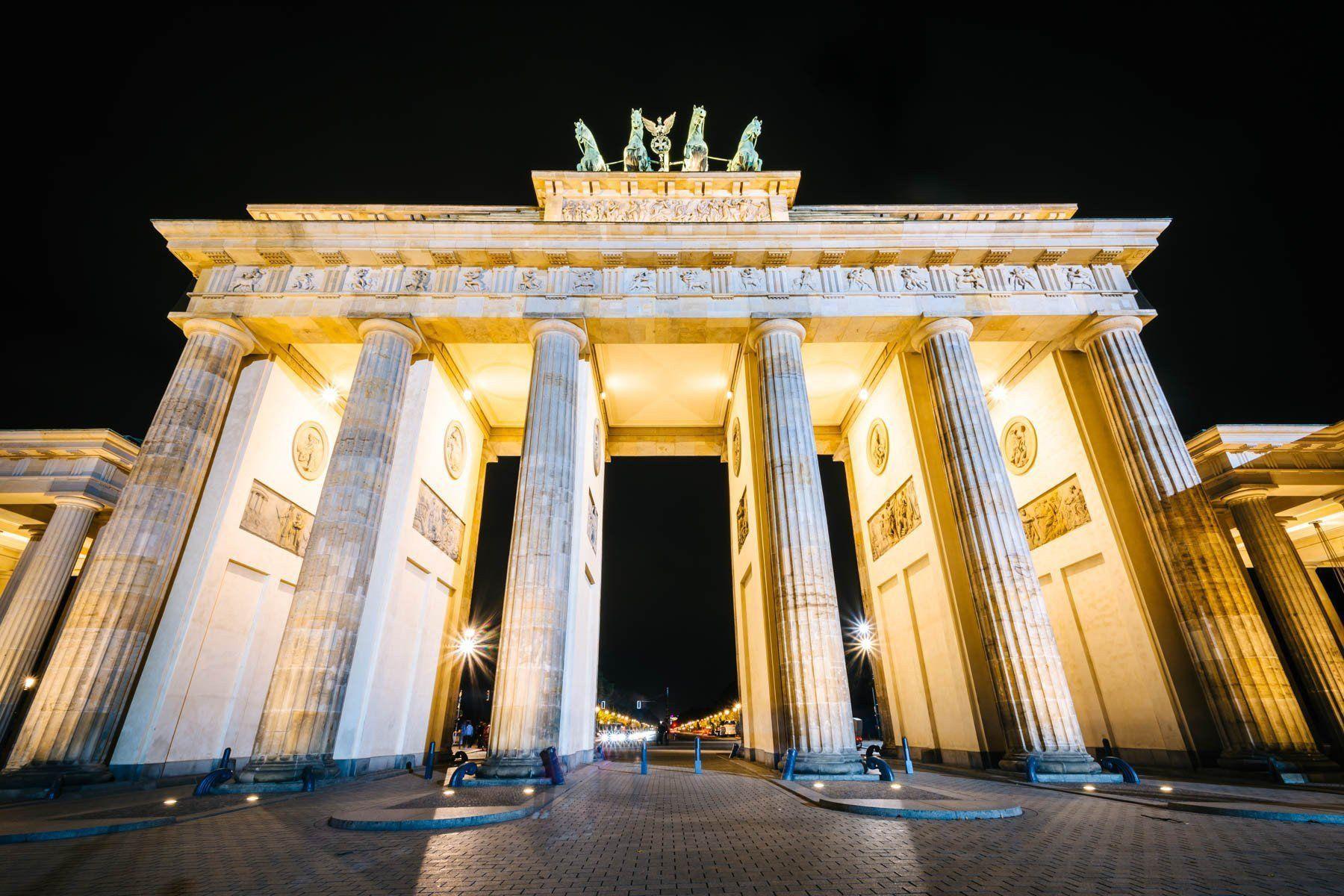 The Brandenburg Gate at night, in Berlin, Germany | Brandenburg gate ...