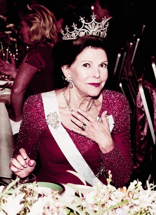 misshonoriaglossop: Queen Sylvia of Sweden celebrates her 70th birthday December 23, 2013 (b. December 23, 1943)