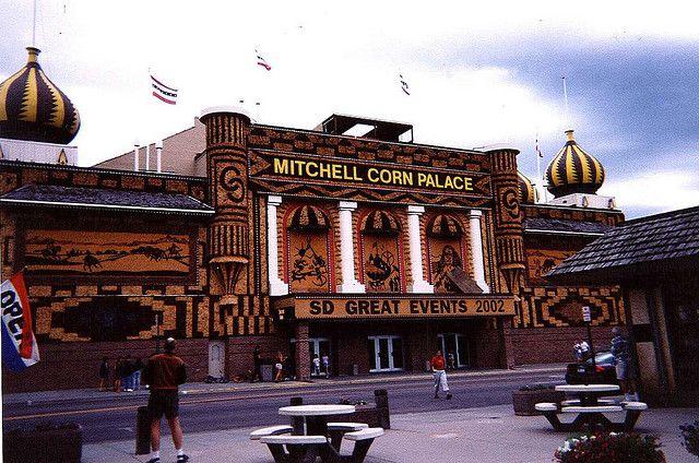 Mitchell Corn Palace With Images Palace Mitchell Corn