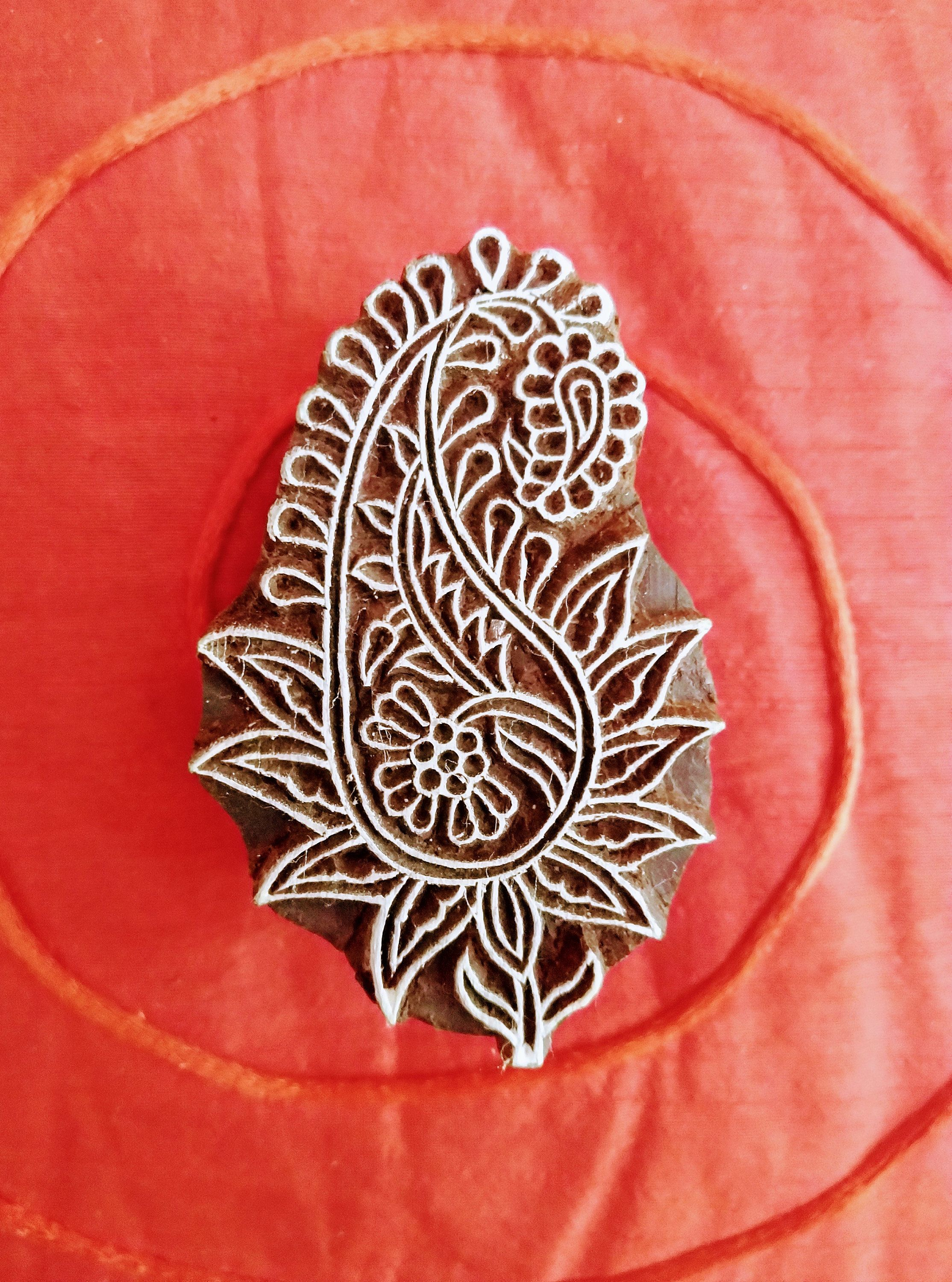 Attractive Paisley Innovative Pattern Wooden Block Stamp DIY Henna Fabric Textile Paper Clay Pottery Block Printing Stamp
