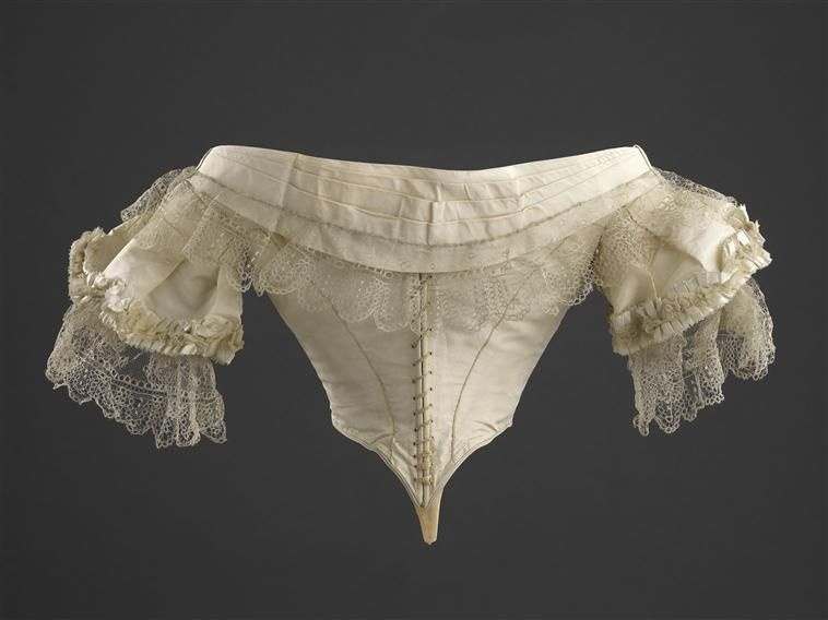 Back of bodice trimmed with lace, worn by Empress Eugenie (Château de Compiègne), 1857-1858