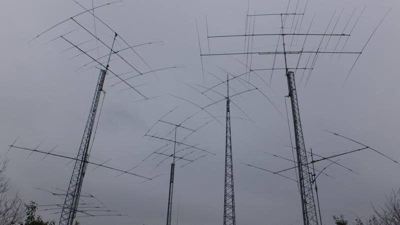 Ham radio operator: JH4UYB , Antenna Farm !    Ham Radio
