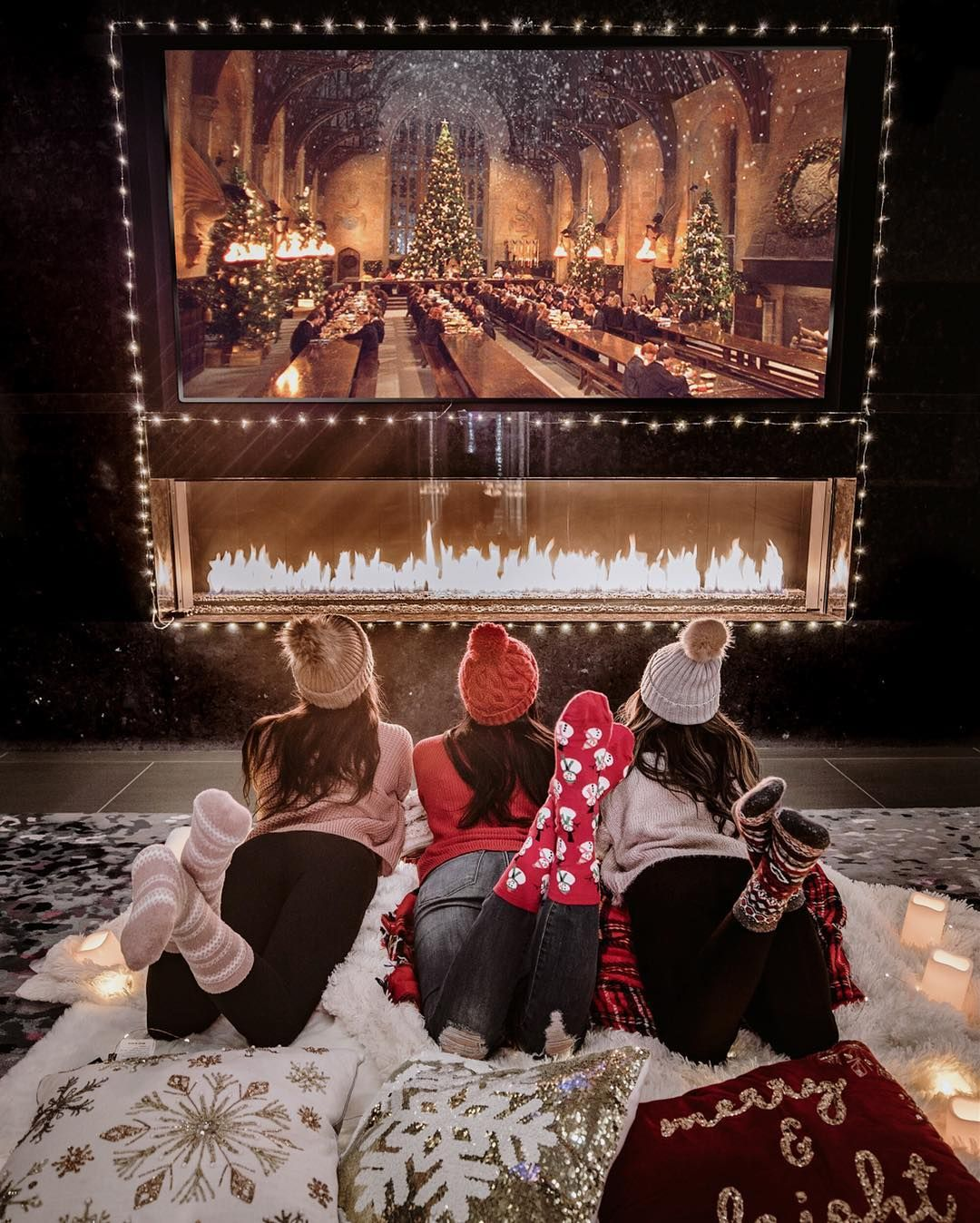 The Everygirl S 2019 Holiday Bucket List Cozy Nights Cozy Christmas Holiday Movie