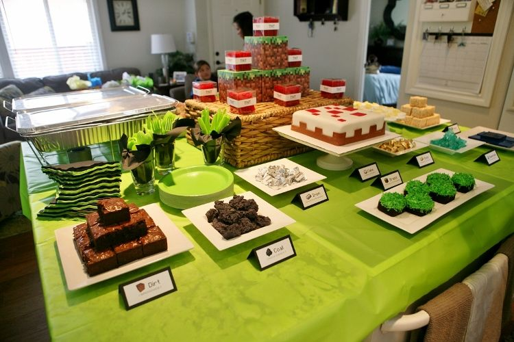 An Elaborate DIY Minecraft Birthday Party Filled With Ideas For Decorations Food Games Kids Activities And Favors