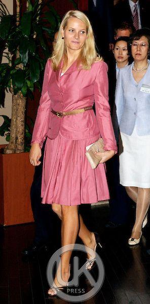 Crown Prince Haakon & Crown Princess Mette Marit of Norway visit South Korea.. Copyright Julian Parker/UK Press Ltd Date:Oct 2010