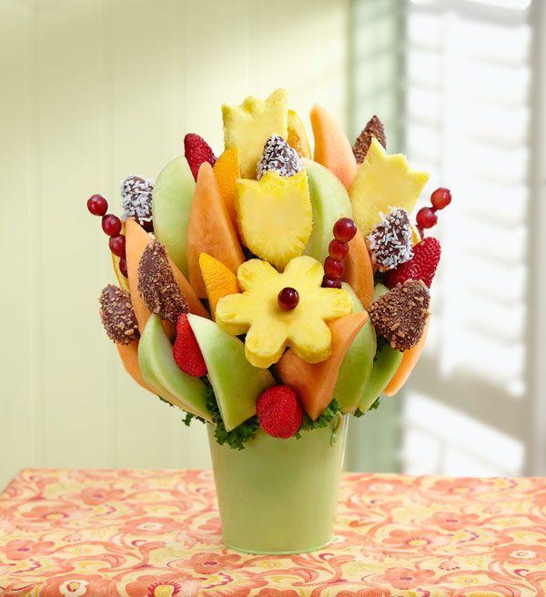tischdeko obststrau erdbeeren ananas essen pinterest obst essen und tischdeko. Black Bedroom Furniture Sets. Home Design Ideas