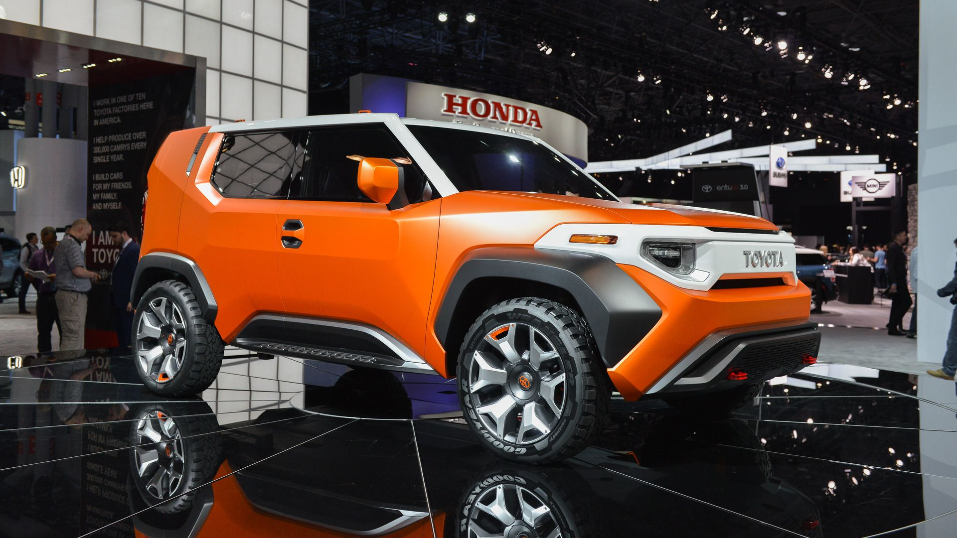 Toyota Ft 4x Concept Combines City Styling With Off Road Tricks