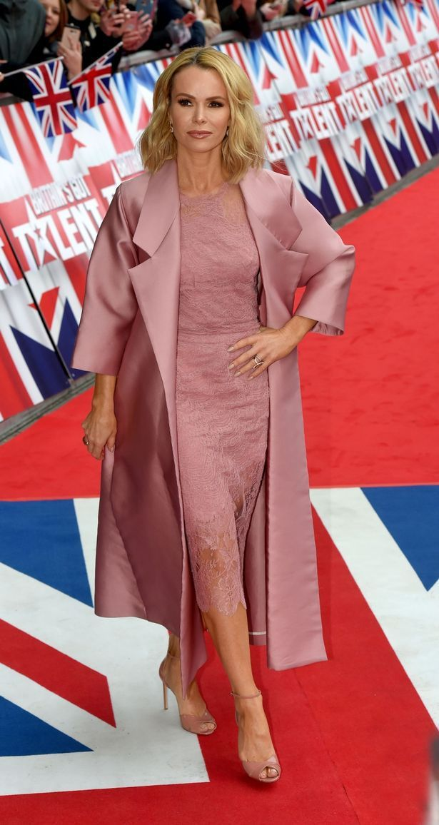 Amanda Holden Pink Lace Dress Britain S Got Talent Manchester 2017 Amanda Holden Fashion Fail Amanda Holden Style
