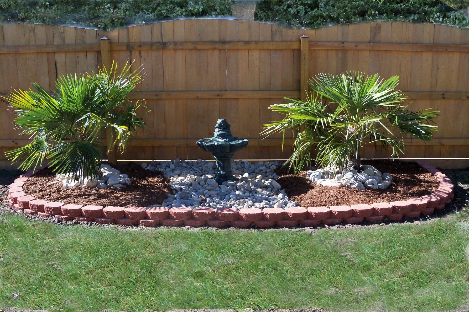 49 Beautiful Small Backyard With Lawn Ideas Any More Decor Backyard Water Fountains Fountains Backyard Patio Water Fountain