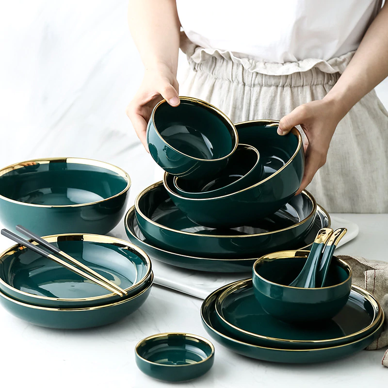 A Subtle Jade Green Finish And Beaded Rims Make Our Glazed Earthenware Place Settings A Charming Choice For An Everyd Dinnerware Set Dinnerware Sets Dinnerware