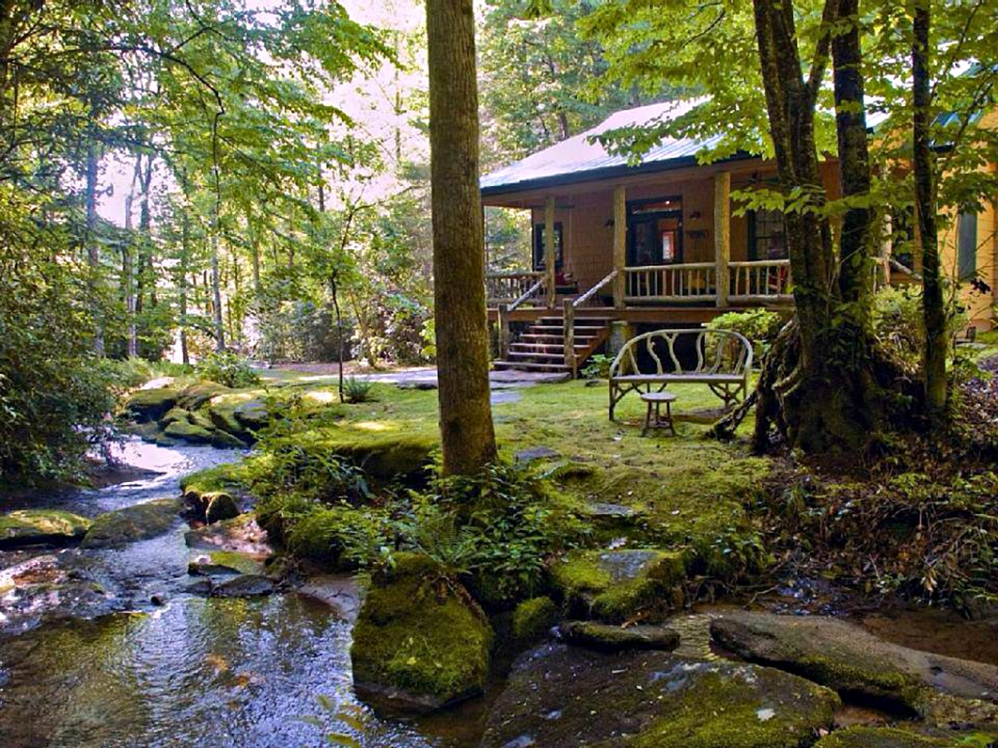 nturl pocono rental info friendly pet poconos cabin wonderlnd vacation rentals for drobek couples cabins