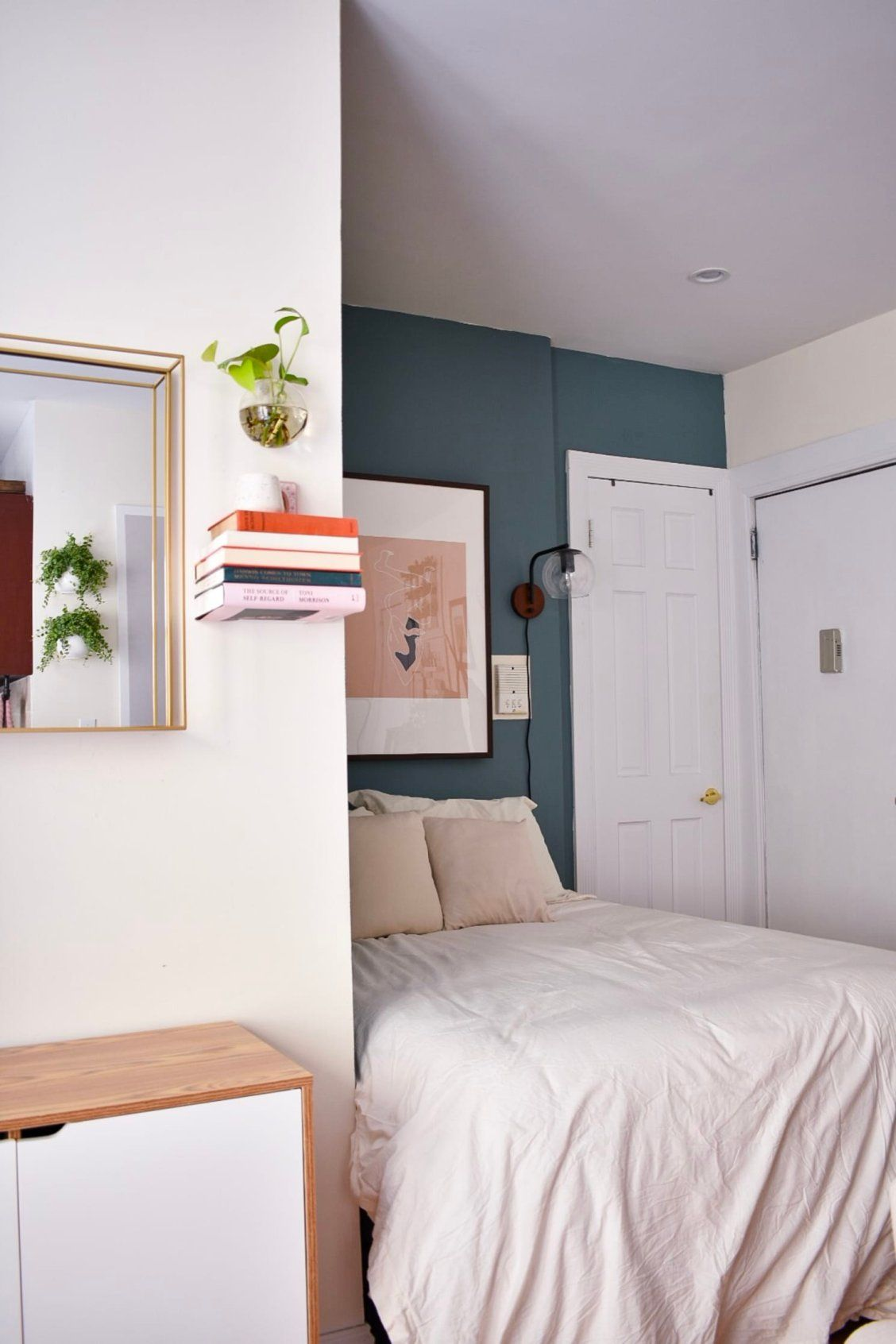 This Tiny 310 Square Foot Home Is One Of The Loveliest Studio Apartments Living Room Furniture Layout Studio Apartment Decorating Studio Apartment Living