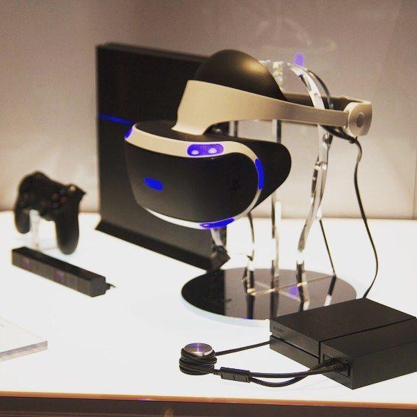 Het laatste nieuws video's en pre-orders omtrent de VR check je op http://ift.tt/269WYeJ #4theplayers #playstationvr #playstation #playstationnetwork #gaming #games #virtualreality #vr by playstationvrnl - Shop VR at VirtualRealityDen.com