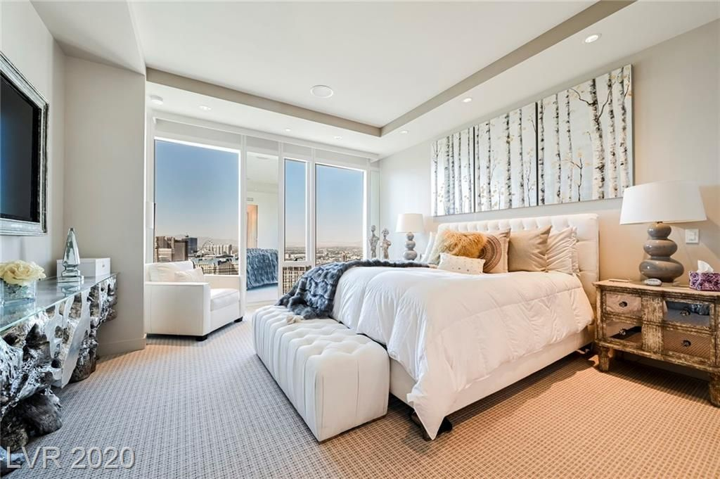 For sale situated on the 43rd floor of one of the most