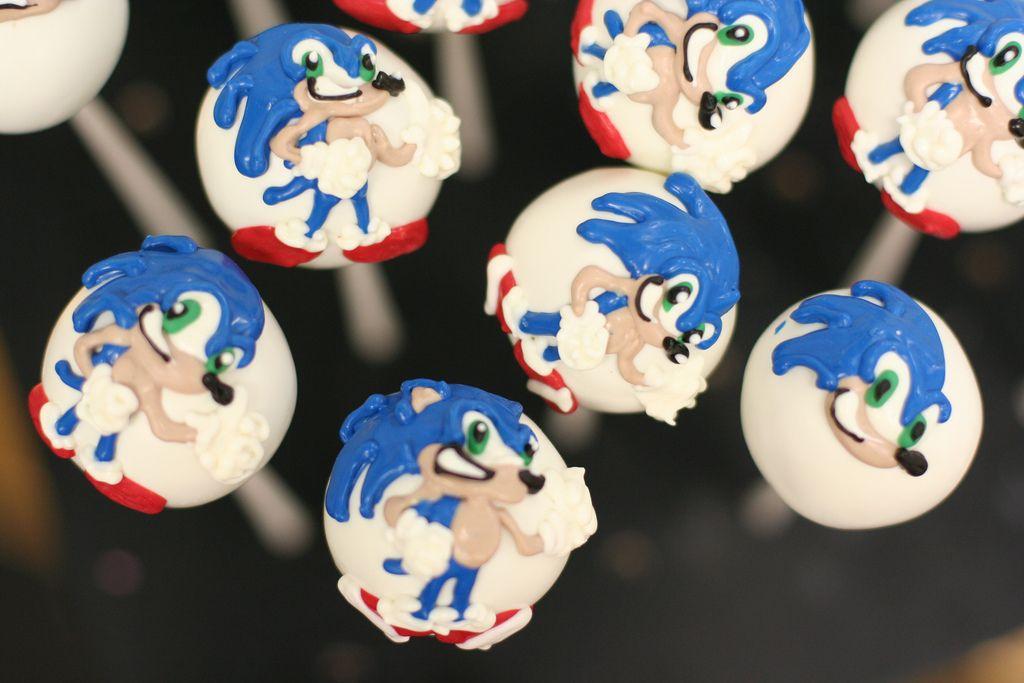 Sonic The Hedgehog Custom Cake Pops Custom Cake Pops Cake Pops Sonic Cake