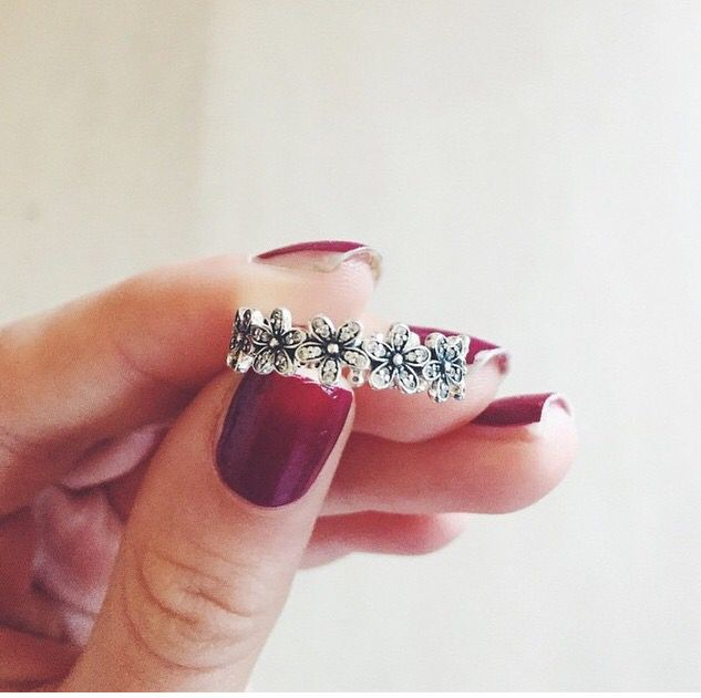 Pandora Jewelry Roll: I'd Absolutely Love To Get This Ring! ♥ Roll On A Ring