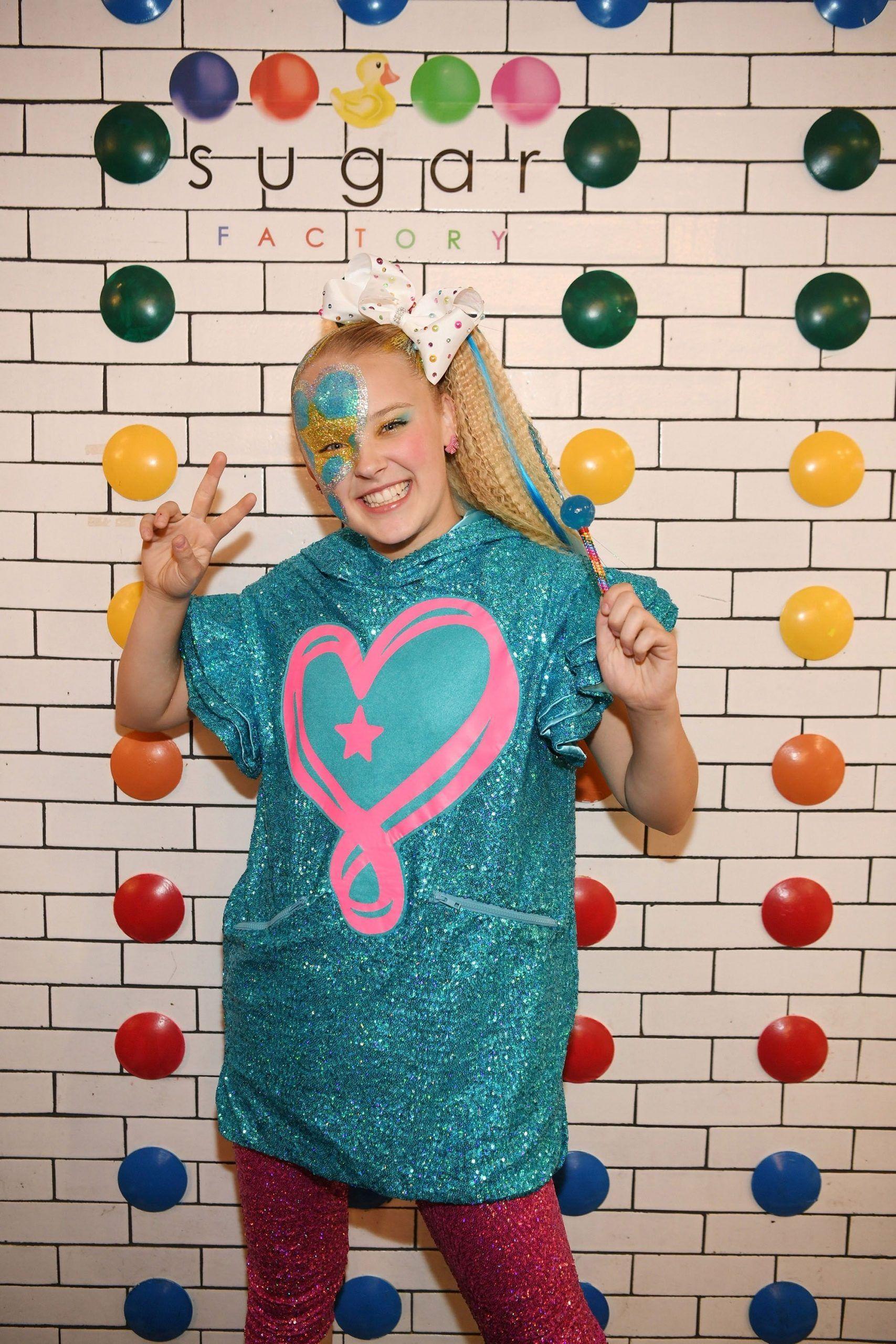 JoJo Siwa Dyed Her Trademark Blonde Ponytail Brown and