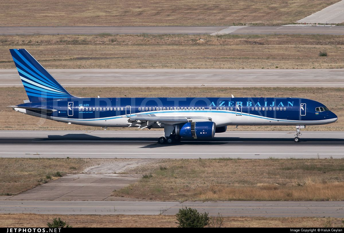 Boeing 757-22L 4K-AZ11 29305 Izmir Adnan Menderes - LTBJ