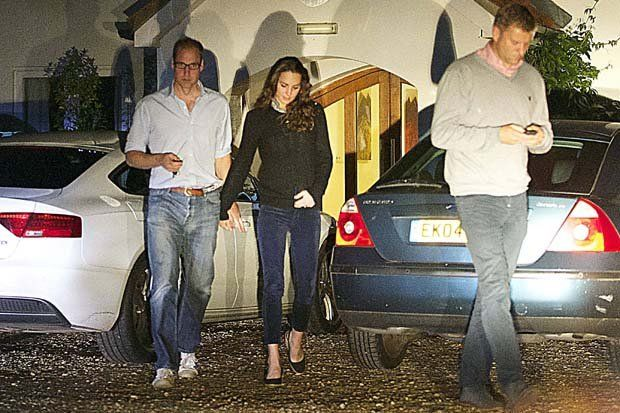 Exclusive Catherine Duchess Of Cambridge And William Kiss