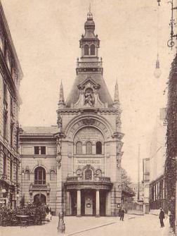 Das 1892 eröffnete Theater mit der originalen historistischen Fassadengestaltung