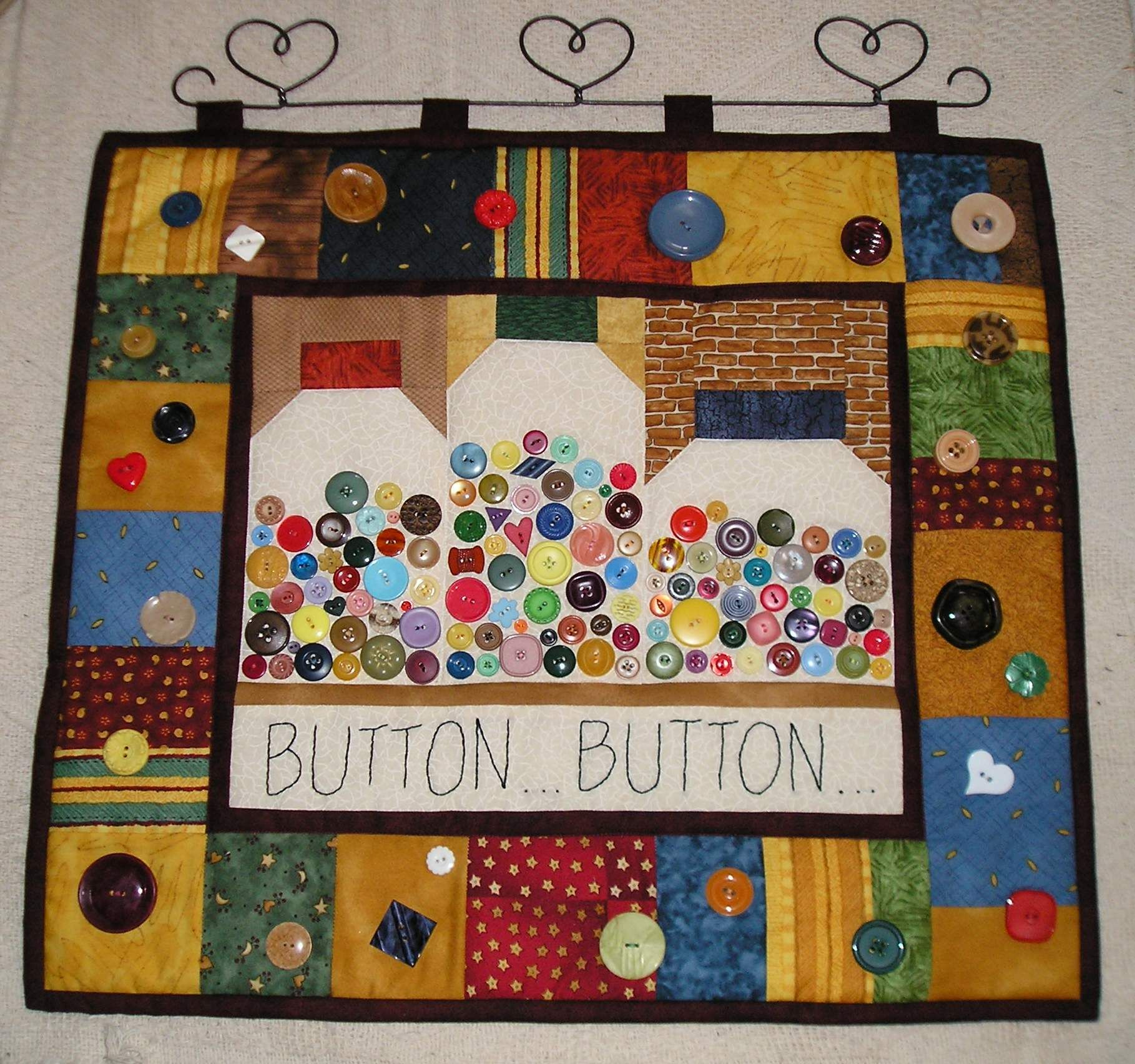 Button Button Wallhangy I made from Debbie Mumms collections from the Heart Book