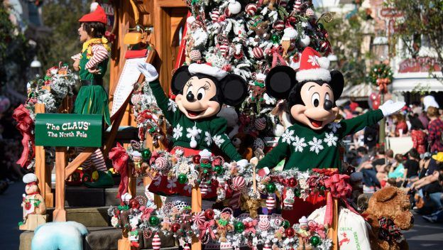 Christmas In July Disney World.Your Complete Guide To The Holidays At Disneyland Favorite