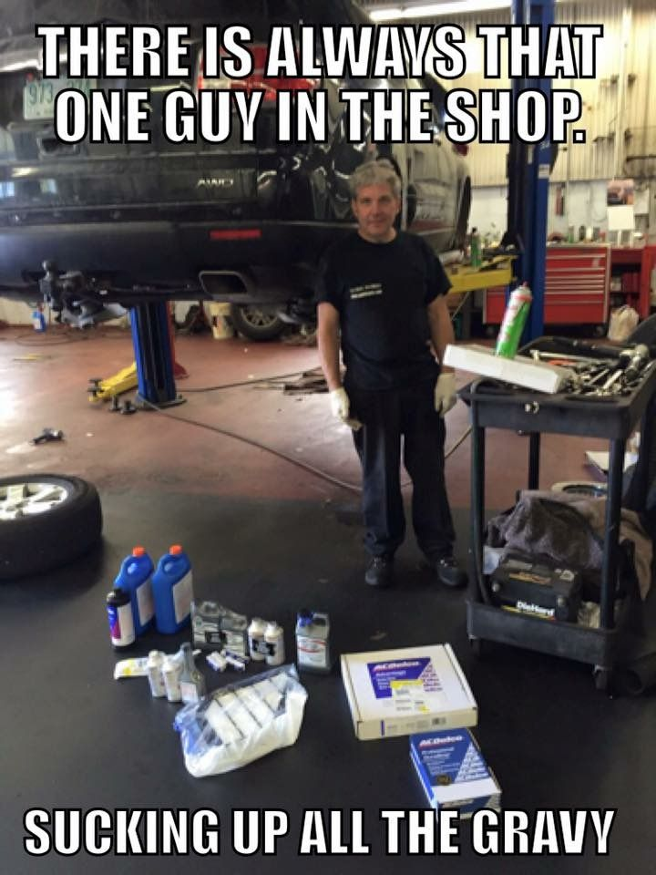 f4bb9f3b95d7f6a3589a53437b723ee4 yea, he's the one with the dirtiest knees! funny shit,Airplane Mechanic Funny Memes